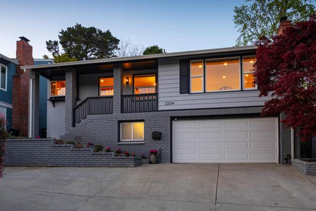 2204 San Carlos Ave, San Carlos, CA 94070 (#ML81826414) :: The Gilmartin Group