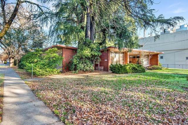 390 W Clay St, Ukiah, CA 95482 (#ML81826574) :: Schneider Estates