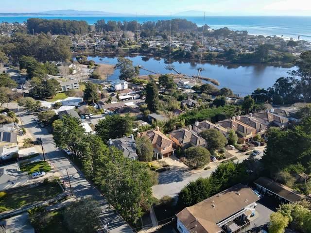 170 Clearwater Ct, Santa Cruz, CA 95062 (#ML81826724) :: Schneider Estates
