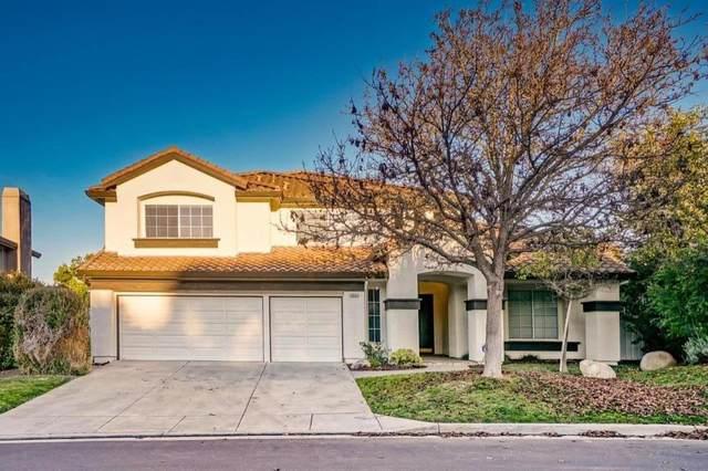 19147 Garden Valley Way, Salinas, CA 93908 (#ML81826781) :: RE/MAX Gold