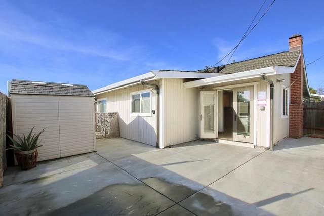 841 40th Ave, Santa Cruz, CA 95062 (#ML81826814) :: Schneider Estates