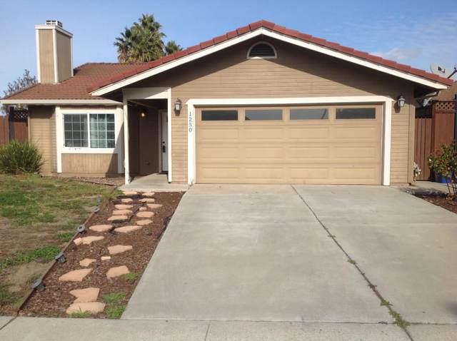 1250 Jan Avenue, Hollister, CA 95023 (#ML81827274) :: The Kulda Real Estate Group