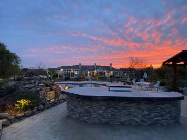 9600 Via Del Oro, Gilroy, CA 95020 (#ML81829735) :: Real Estate Experts