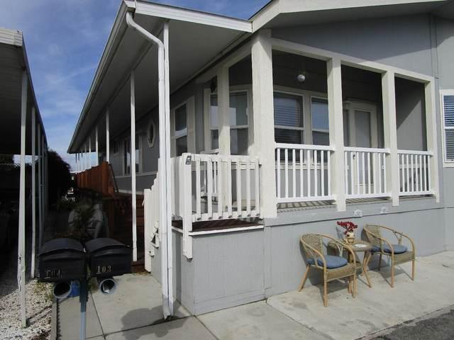 150 Kern St 103, Salinas, CA 93905 (#ML81830066) :: Schneider Estates