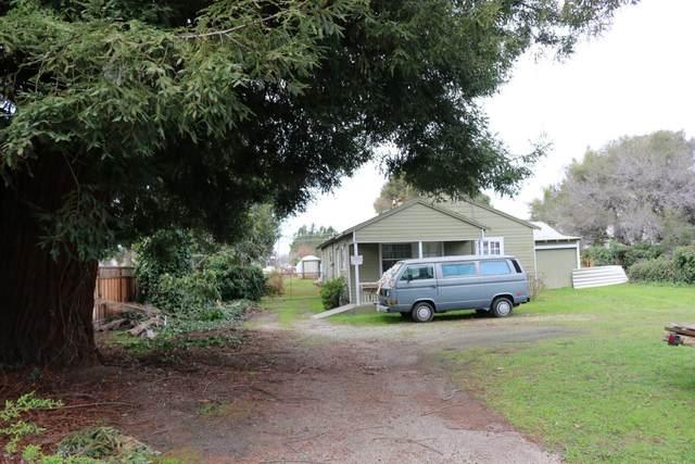 2021 Chanticleer Ave, Santa Cruz, CA 95062 (#ML81830903) :: Schneider Estates
