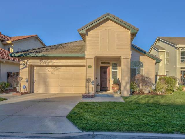 17629 River Run Rd, Salinas, CA 93908 (#ML81831102) :: Alex Brant
