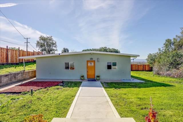 2420 Ruby Ave, San Jose, CA 95148 (#ML81831272) :: Olga Golovko