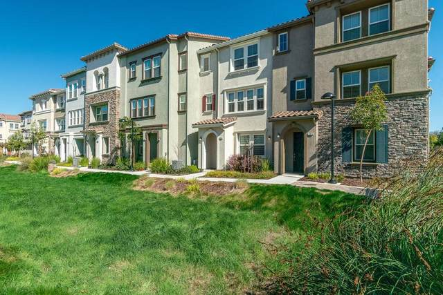 17977 Cantabria Ln, Morgan Hill, CA 95037 (#ML81831940) :: Intero Real Estate