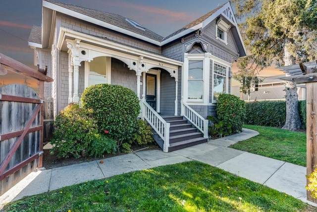915 River St, Santa Cruz, CA 95060 (#ML81832271) :: Schneider Estates