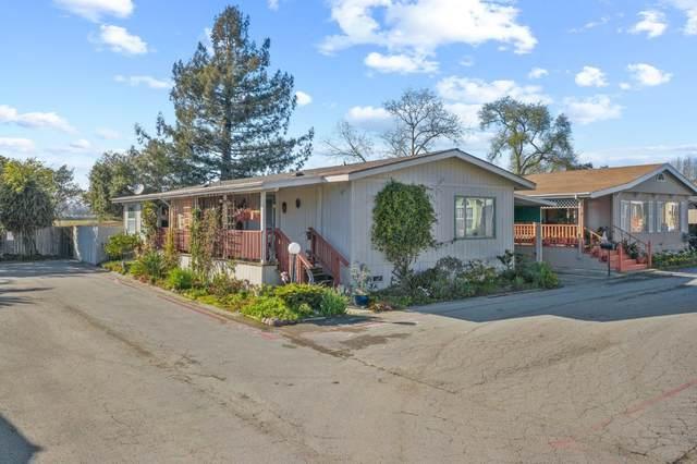 789 Green Valley Rd 156, Watsonville, CA 95076 (#ML81834307) :: Schneider Estates