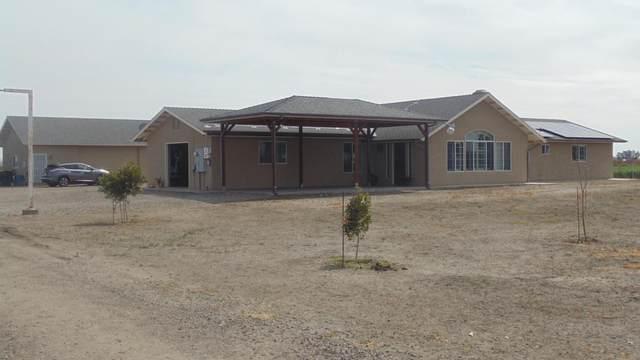 19260 Reynolds Ave, Dos Palos, CA 93620 (#ML81834431) :: Intero Real Estate