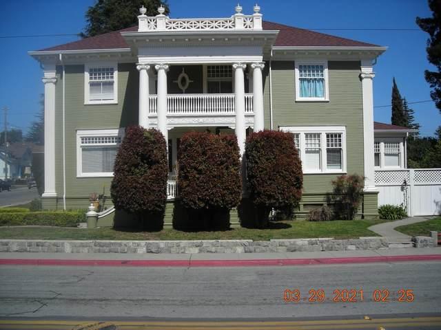 302 E Beach St, Watsonville, CA 95076 (MLS #ML81837358) :: Compass