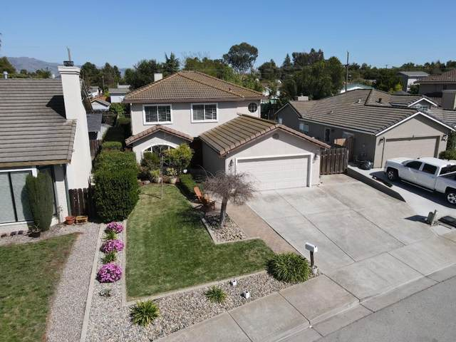 1261 Manzanita Dr, Hollister, CA 95023 (#ML81838490) :: The Realty Society