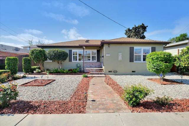 137 Alma St, Watsonville, CA 95076 (MLS #ML81838512) :: Compass