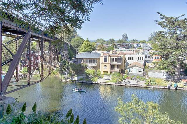 327 Riverview Ave B, Capitola, CA 95010 (#ML81838629) :: The Sean Cooper Real Estate Group