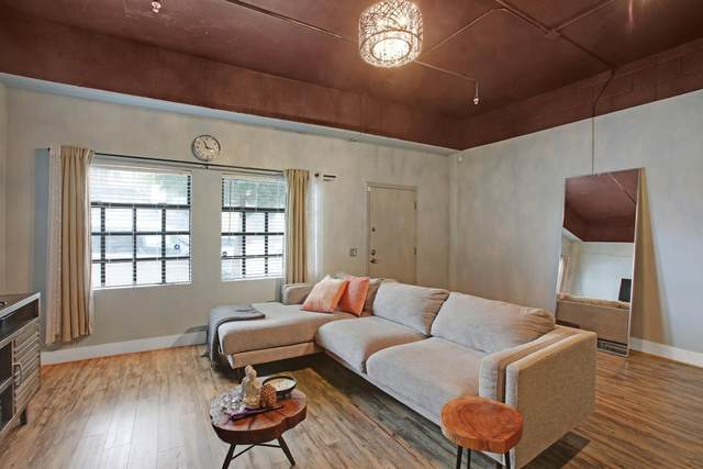 850 W Grand Ave C, Oakland, CA 94607 (#ML81838852) :: Schneider Estates