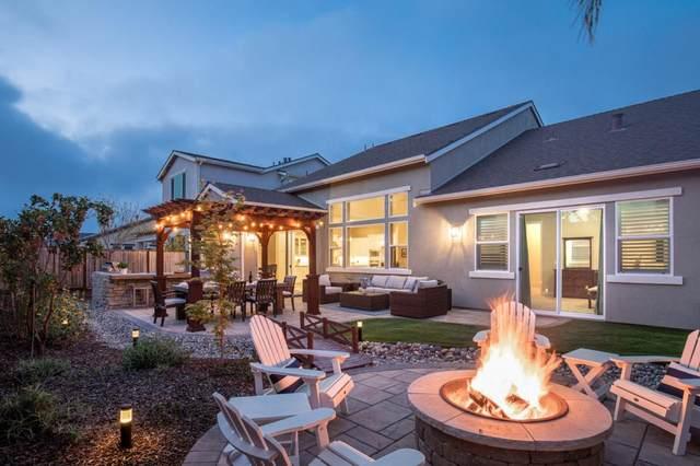 470 Logan Way, Marina, CA 93933 (#ML81839199) :: Schneider Estates