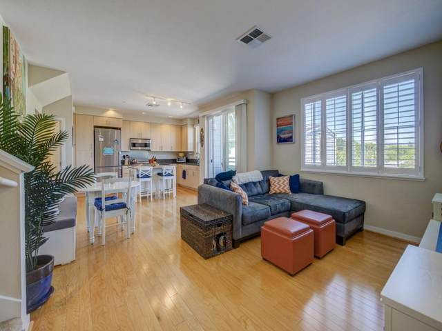 1066 41st Ave C202, Capitola, CA 95010 (#ML81839532) :: Schneider Estates
