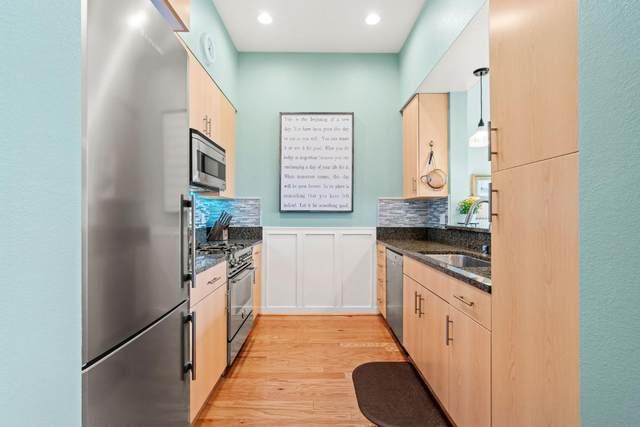 1066 41st Ave A305, Capitola, CA 95010 (#ML81839939) :: Schneider Estates
