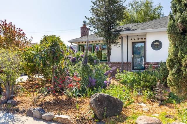125 Belvedere Ter, Santa Cruz, CA 95062 (MLS #ML81840049) :: Compass