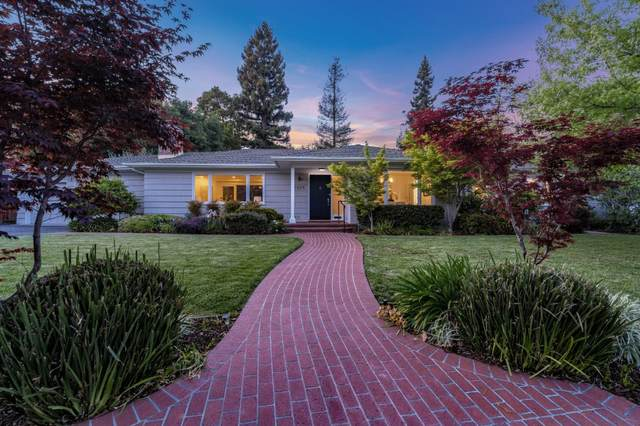 1525 Edgewood Dr, Palo Alto, CA 94303 (#ML81840484) :: The Goss Real Estate Group, Keller Williams Bay Area Estates