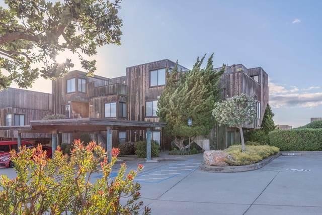 125 Surf Way 431, Monterey, CA 93940 (#ML81841410) :: Robert Balina | Synergize Realty
