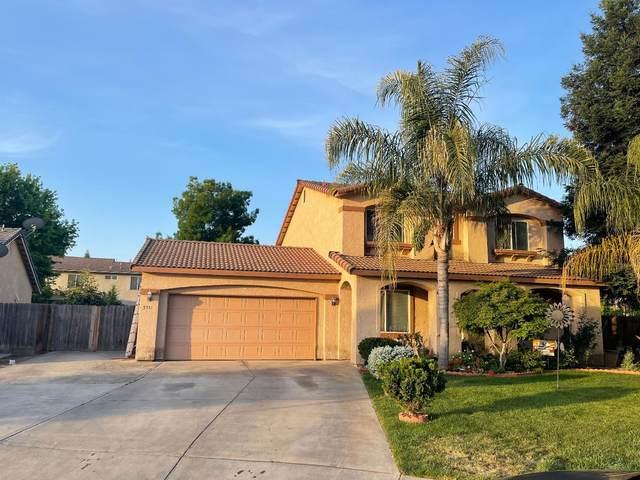 3931 E Hillcrest Ave, Visalia, CA 93292 (#ML81841998) :: Schneider Estates