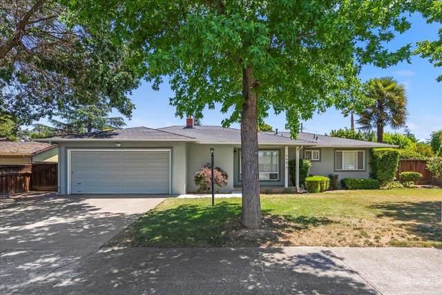 360 El Cerrito Way, Gilroy, CA 95020 (#ML81843276) :: The Sean Cooper Real Estate Group