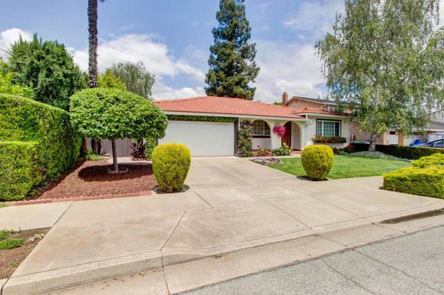915 W 8th St, Gilroy, CA 95020 (#ML81844012) :: The Goss Real Estate Group, Keller Williams Bay Area Estates