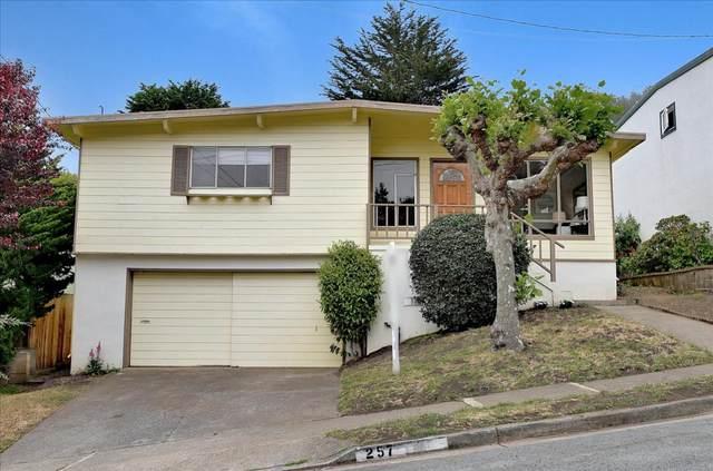 257 Hillside Dr, Pacifica, CA 94044 (#ML81845677) :: Schneider Estates