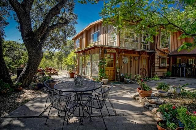 218 Salsipuedes Rd, Carmel Valley, CA 93924 (#ML81846151) :: Alex Brant