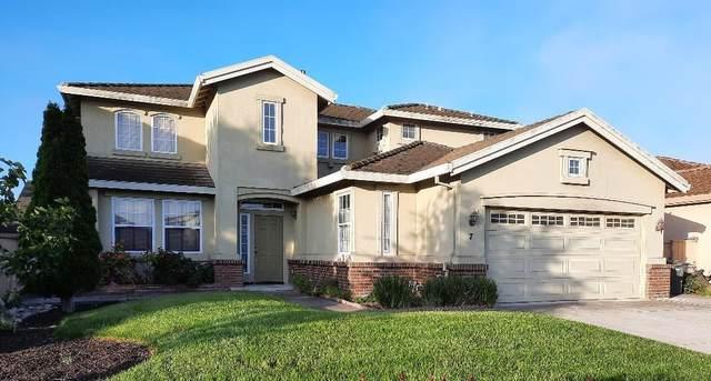 7 Lancashire Cir, Salinas, CA 93906 (#ML81846457) :: Real Estate Experts