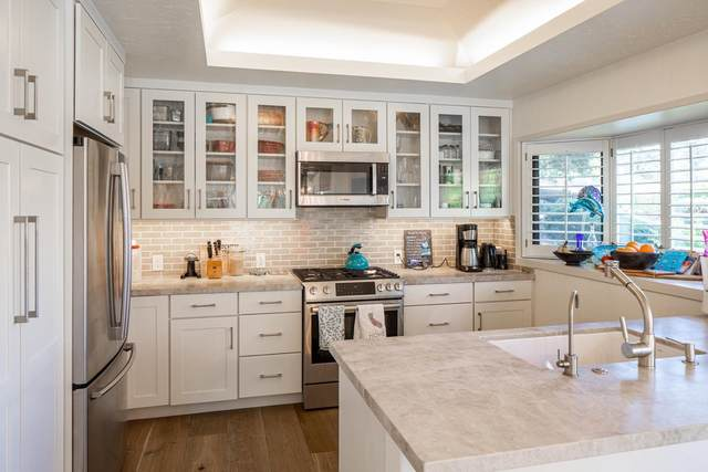285 Del Mesa Carmel, Carmel, CA 93923 (#ML81847713) :: The Sean Cooper Real Estate Group