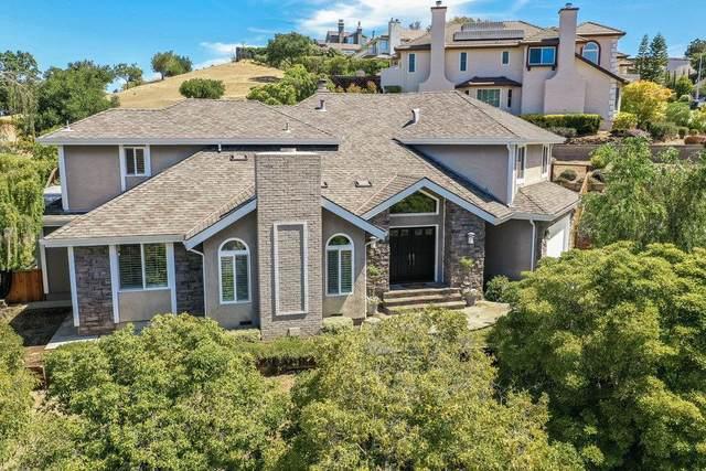 11 Bennett Rd, Redwood City, CA 94062 (#ML81848297) :: Real Estate Experts