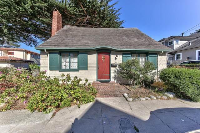 111 10th St, Pacific Grove, CA 93950 (#ML81848562) :: Alex Brant