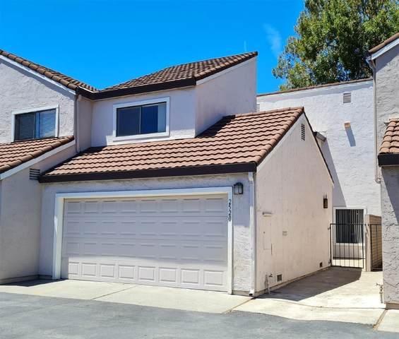 2520 Roblar Ln, Santa Clara, CA 95051 (#ML81848605) :: Alex Brant