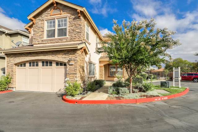 715 Creekside Ct, Gilroy, CA 95020 (#ML81848752) :: The Realty Society