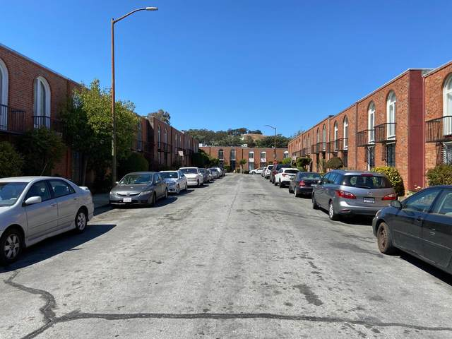 51 Mccarthy Ave, San Francisco, CA 94134 (#ML81848883) :: Robert Balina | Synergize Realty
