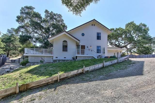 17789 Cachagua Rd, Carmel Valley, CA 93924 (#ML81849681) :: The Realty Society