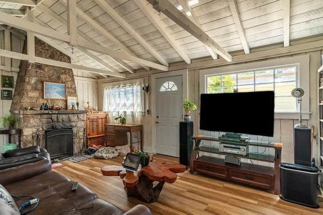 889 Johnson St, Monterey, CA 93940 (#ML81849691) :: Real Estate Experts
