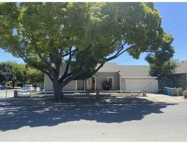 401 Powell St, Hollister, CA 95023 (#ML81849752) :: The Gilmartin Group