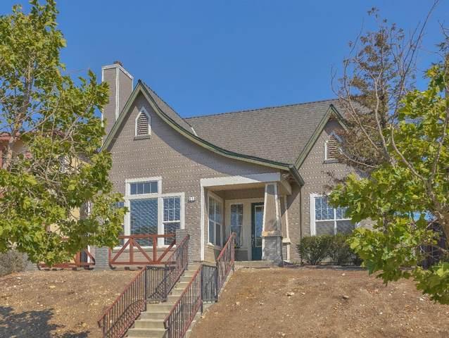 640 Saint Christopher Ln, Greenfield, CA 93927 (#ML81850070) :: The Kulda Real Estate Group