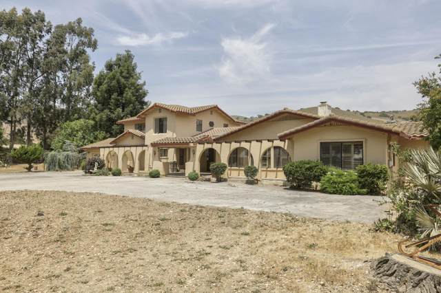 1103 Old Stage Rd, Salinas, CA 93908 (#ML81850280) :: The Gilmartin Group