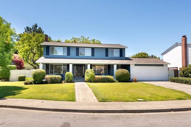 2739 Saint Giles Ln, Mountain View, CA 94040 (#ML81850541) :: The Kulda Real Estate Group
