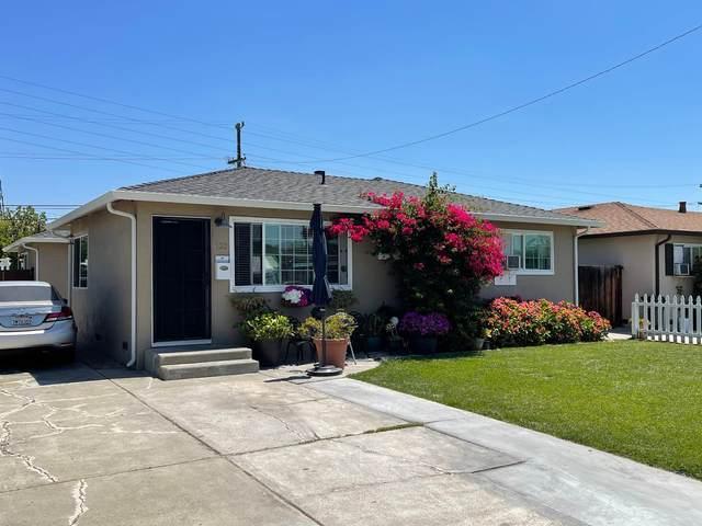 132 Muirfield Dr, San Jose, CA 95116 (#ML81850696) :: The Gilmartin Group