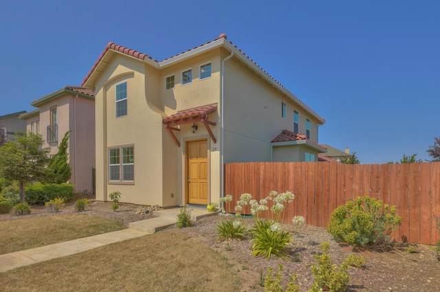 24 Huerta St, Greenfield, CA 93927 (#ML81854257) :: The Kulda Real Estate Group