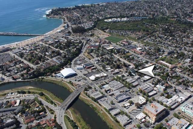 224 Laurel St A305, Santa Cruz, CA 95060 (#ML81854319) :: The Kulda Real Estate Group