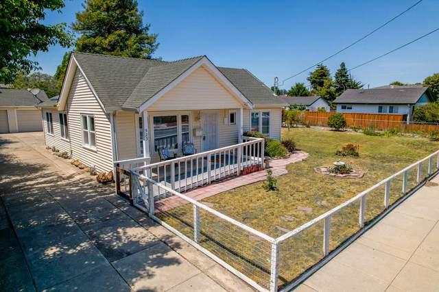 523 California Ave, Santa Cruz, CA 95060 (#ML81854400) :: The Kulda Real Estate Group