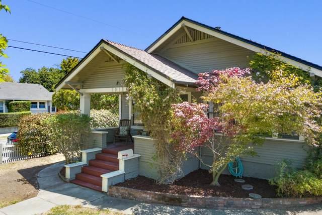 1018 Seabright Ave, Santa Cruz, CA 95062 (#ML81854912) :: The Gilmartin Group