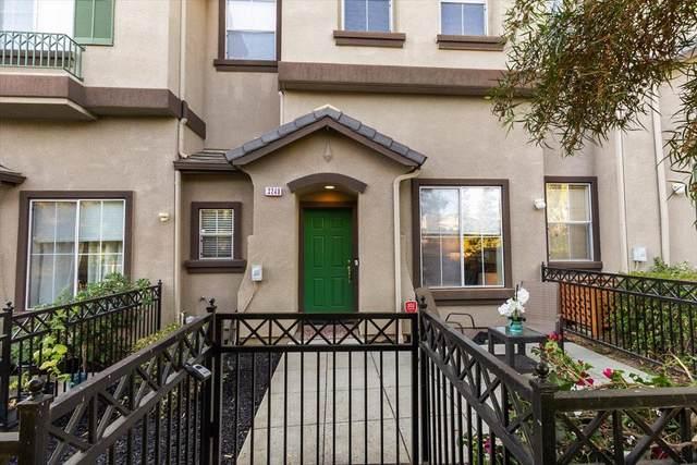 3240 Vinifera Dr, San Jose, CA 95135 (#ML81854969) :: Real Estate Experts